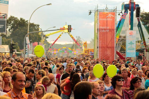 Sommerlaune und Rummelspaß bei 30°C zum Stadtfest in Eisenhüttenstadt